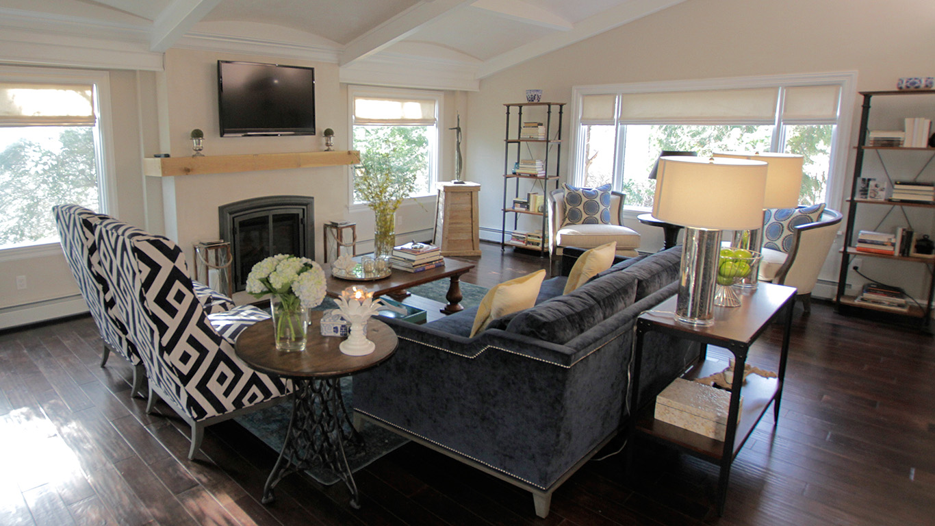Get The Look Property Brothers Carlie Amp Drum S Living