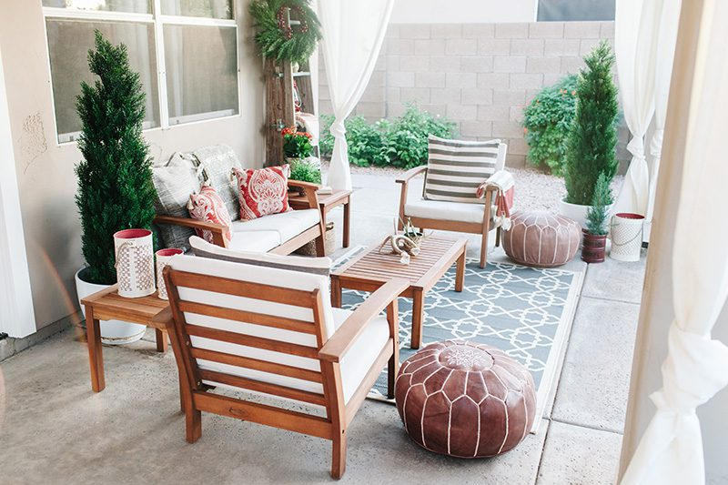 holiday patio with poufs