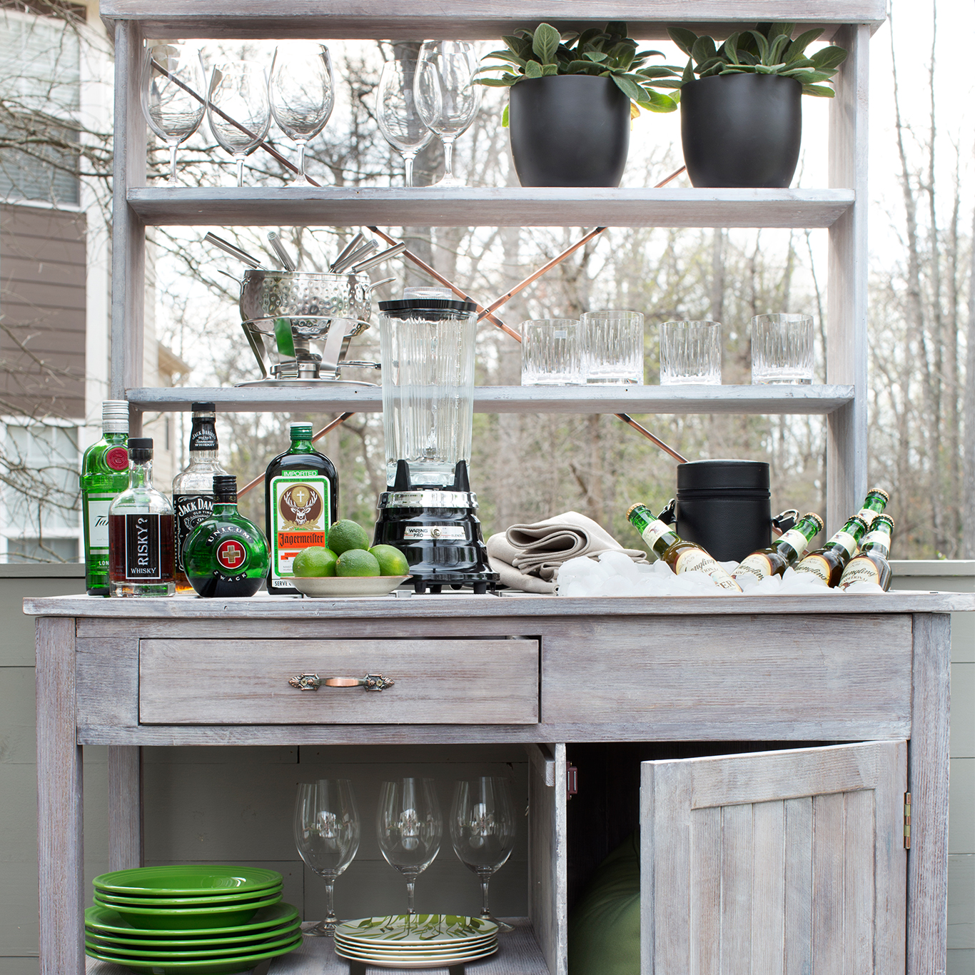 9 Easy Outdoor Bar Ideas On A Budget Hayneedle