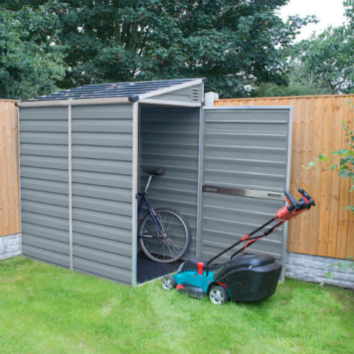 Lean-to outdoor storage shed