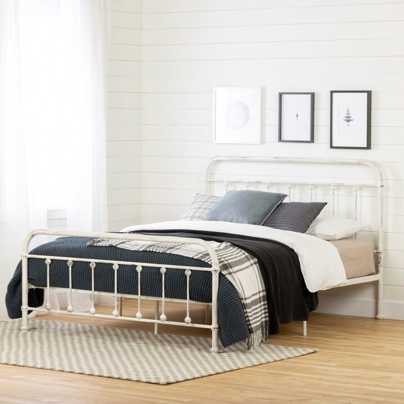 white metal spindle bed